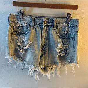 American Eagle Destroyed Denim Shorts Size 6